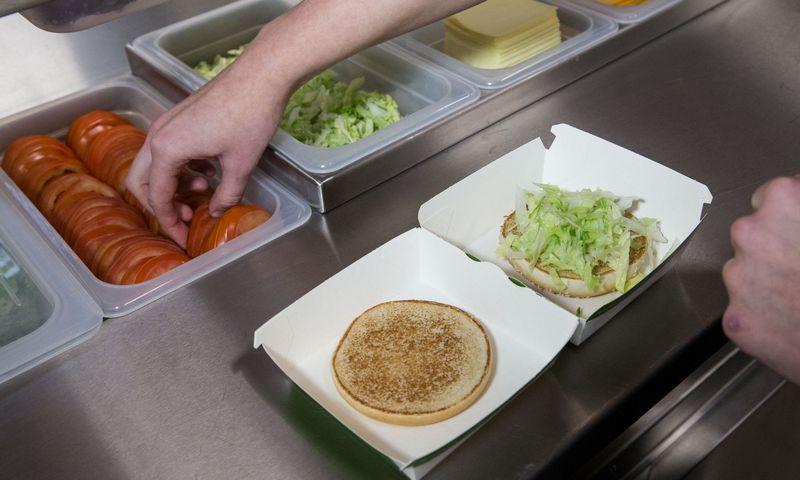 """Greito maisto restoranų tinklas """"McDonald's"""". Juditos Grigelytės (VŽ) nuotr."""