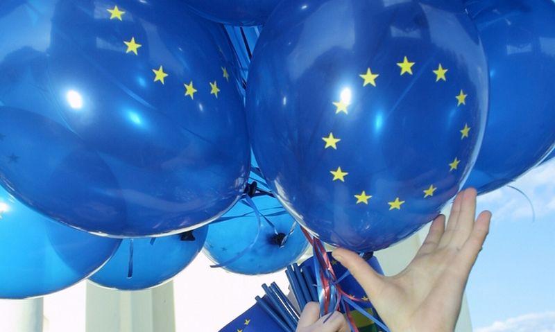 Euro balionai. 2004 gegužės 1 diena. Vladimiro Ivanovo (VŽ) nuotr.