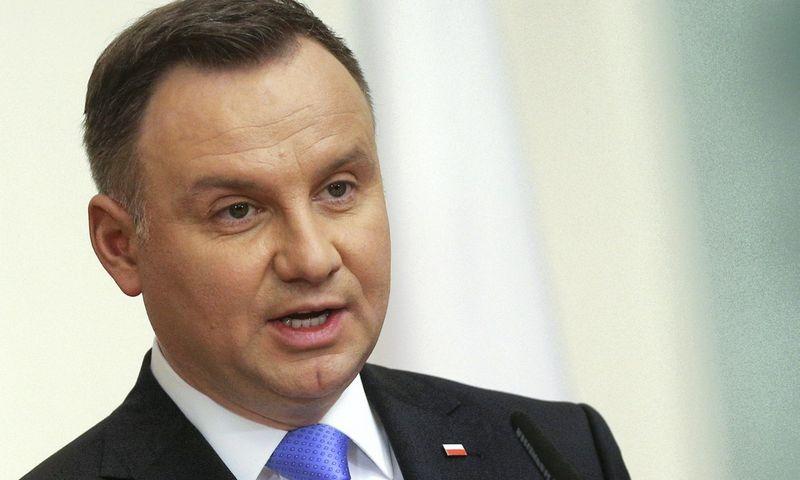 """Lenkijos prezidentas Andrzejus Duda oficialiai pasiūlė rinkimus surengti spalio 13 d. Stoyan Nenov (""""Reuters""""/Scanpix) nuotr."""