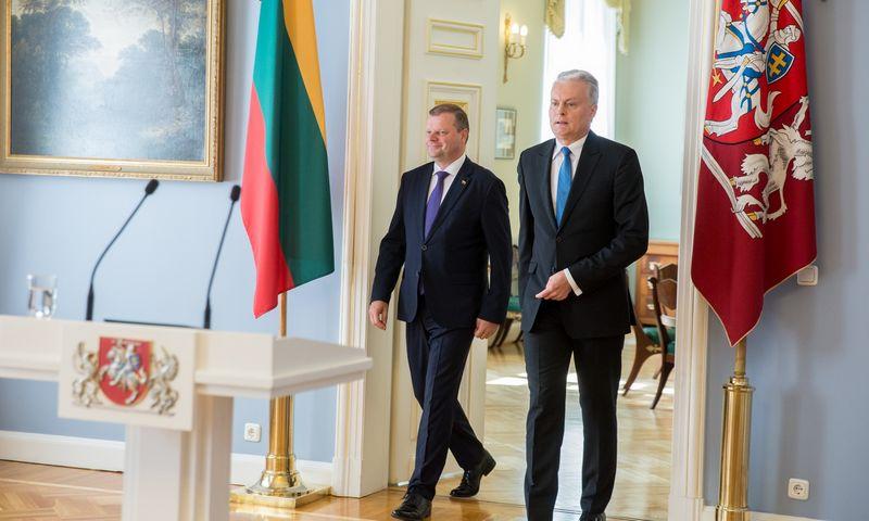 Ministras pirmininkas Saulius Skvernelis (kairėje) ir prezidentas Gitanas Nausėda. Juliaus Kalinsko (15min) nuotr.