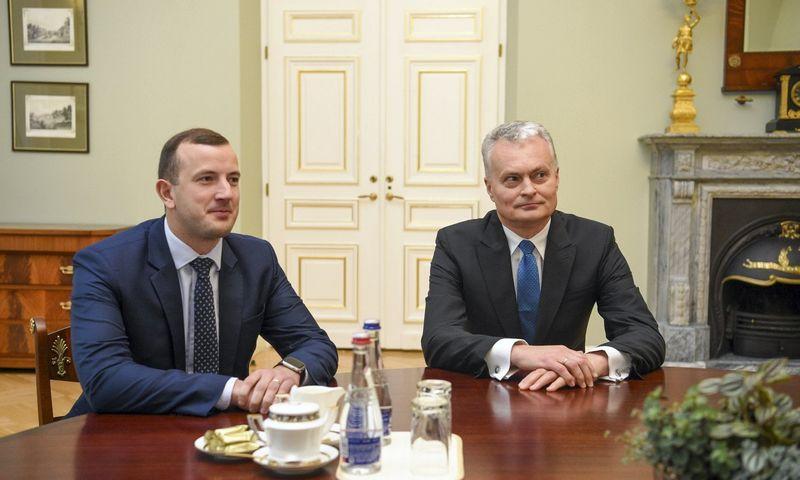 Virginijus Sinkevičius, ekonomikos ir inovacijų ministras ir kandidatas į Europos Komisijos narius (kairėje), susitiko su prezidentu Gitanu Nausėda. Roberto Dačkaus (Prezidento kanceliarija) nuotr.