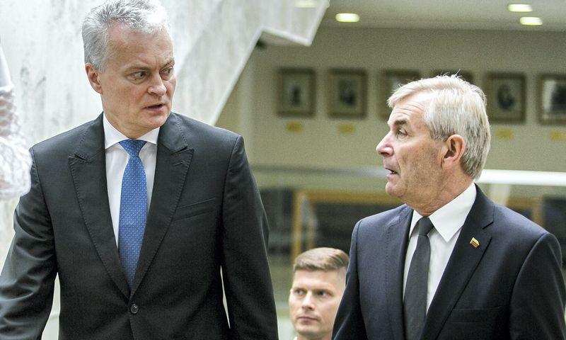 Prezidentas Gitanas Nausėda su Seimo pirmininku Viktoru Pranckiečiu. Josvydo Elinsko (15min.lt/Scanpix) nuotr.