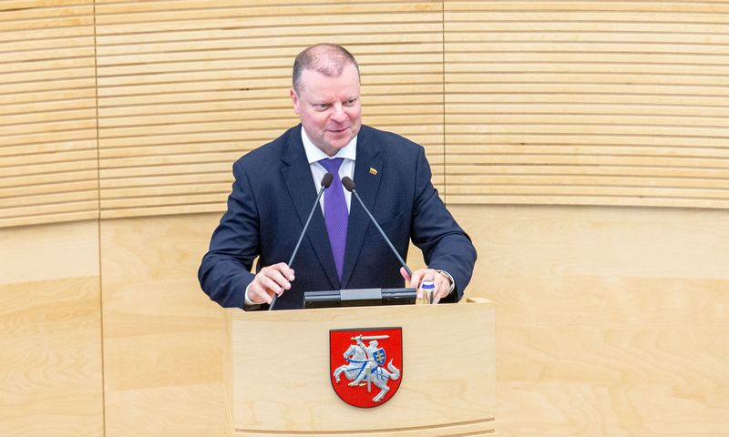 Sugrįžęs iš atostogų premjeras Saulius Skvernelis keliaus į Seimą atgauti Vyriausybės įgaliojimų. Juditos Grigelytės (VŽ) nuotr.