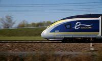 """Po visuomenės pasipiktinimo Didžioji Britanija lieka """"Interrail"""" sistemoje"""