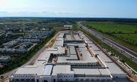 Latvijoje stato išparduotuvių centrą, kuriame lauks pirkėjų iš Lietuvos