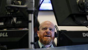 Įsižiebė pagrindinis recesijos signalas