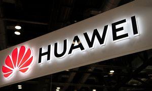 """Draudimą prekiauti su """"Huawei"""" JAV atidėjo dar 90 dienų"""
