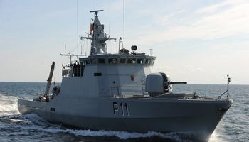 Mokslininkai su kariškiais Baltijos jūroje išbando dronus ir naujas ryšio technologijos