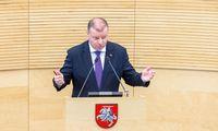 Seimas audringai svarsto dėl įgaliojimų grąžinimo Vyriausybei