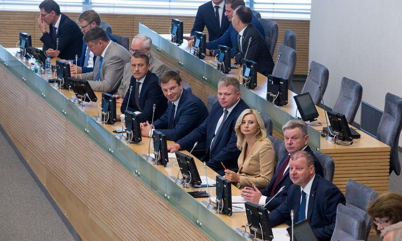 Seime patvirtinti septynioliktosios Vyriausybės įgaliojimai. Juliaus Kalinsko (15min.lt/Scanpix) nuotr.