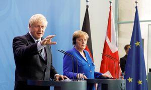 B. Johnsonas susitinka su A. Merkel