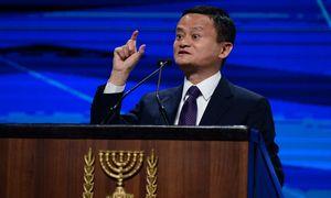 """""""Alibaba"""" atidėjo žengimą į Honkongo biržą"""