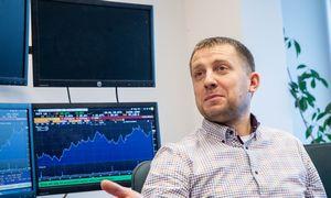 Šiaulių banko prekyboje galimai pasipainiojo stori pirštai
