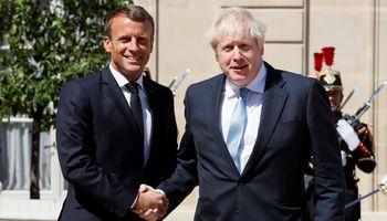 """B. Johnsonas Paryžiuje: mes norime """"Brexit"""" susitarimo"""