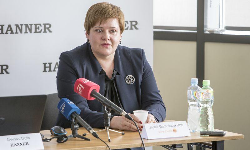 """Jūratė Gumuliauskienė, """"Swedbank"""" Klientų aptarnavimo tarnybos vadovė.  Vladimiro Ivanovo (VŽ) nuotr."""