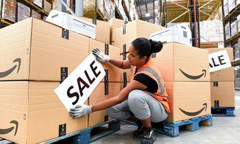 """Neparduotas prekes """"Amazon"""" atiduos labdarai"""
