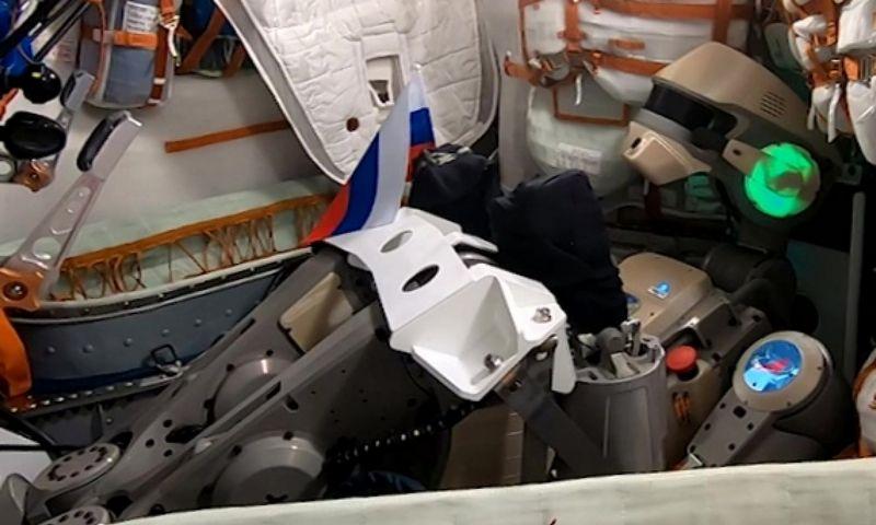 """Humanoidas Fedoras prieš skrydį į kosmosą. """"Roscosmos"""" (""""Sputnik""""/""""Scanpix"""") nuotr."""