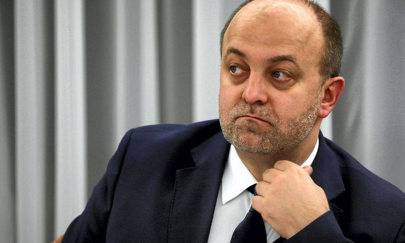 """Lukaszas Piebiakas, buvęs Lenkijos teisingumo viceministras, kaltinamas neapykantos kampanijos prieš teisėjus organizavimu. Slawomiro Kaminskio (""""AGENCJA GAZETA""""/""""Scanpix""""/""""Reuters"""") nuotr."""