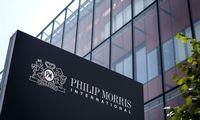 """Pakvipo """"Philip Morris"""" jungtuvėmis su """"Altria"""""""