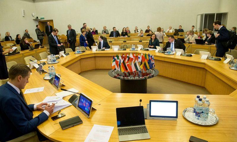 Sauliaus Skvernelio Vyriausybė pažėrė Seimui šimtus darbų rudens sesijai. Vladimiro Ivanovo (VŽ) nuotr.