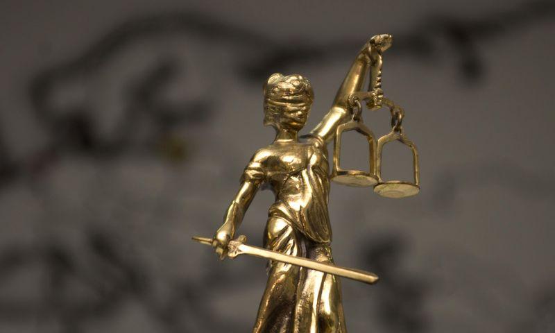 Graikų mitologijos teisingumo deivės Temidės skulptūrėlė. Algimanto Kalvaičio nuotr.