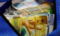 Lenkijos bankams – milijardinisgalvos skausmas dėl frankais pridalintų paskolų
