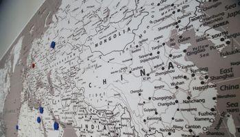 Kinija Baltijos šalyse: kodėl apie tai rašome
