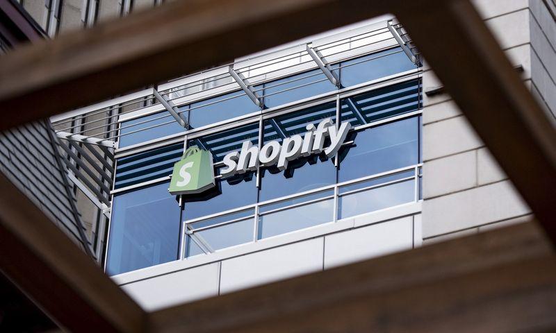 """""""Shopify"""" pagrindinė būstinė įsikūrusi Kanados sostinėje Otavoje. Justino Tango (""""The Canadian Press"""" / """"Scanpix"""") nuotr."""