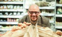 Rinka svarsto, ar antras didžiausias prekybos tinklas skelbs naują konkursą