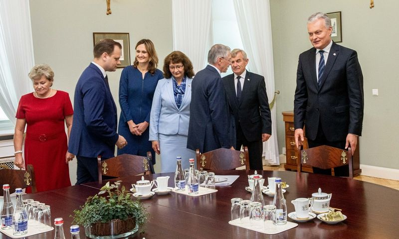 Prezidentas Gitanas Nausėda susitnka su Seimo valdyba. Juditos Grigelytės (VŽ) nuotr.