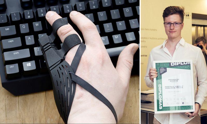 """""""Chrono"""" protezas leidžia atlikti griebimo, laikymosi, spaudimo, prilaikymo veiksmus, netrukdo natūraliems rankos judesiams. Simono Milišausko/VDA nuotr."""
