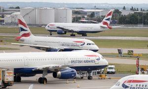 """Streikui besiruošiančius pilotus """"British Airways"""" kaltina cinizmu"""