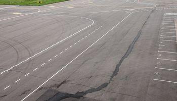 Šiaulių oro uostas nutraukia komercinę veiklą, lauks investuotojo