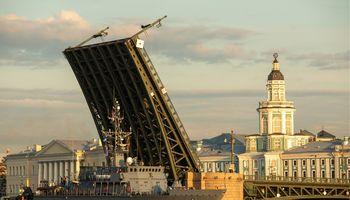 Lietuviai nuo spalio į Sankt Peterburgą galėsvyktisu nemokama viza
