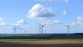 Dar trys bendrovės planuoja naujus vėjo parkus