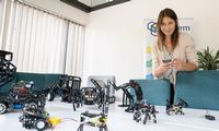 """Lietuviškas startuolis nevaikiškus žaisluspardavinėti pradeda """"Lemonos"""" parduotuvėse"""