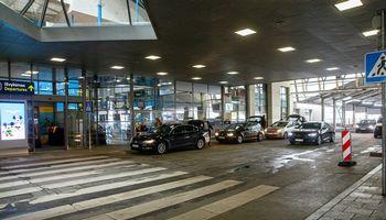 Vilniaus oro uoste nakties metu laikinai uždaromas išvykimo pandusas