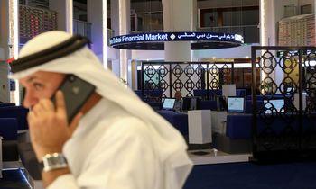 Karšta diena naftos rinkai: pasaulis aptarinėjaatakų pasekmes