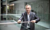 Kauno mokslininkai sukūrė išmanų pakabuką, stebintį senjorų sveikatos būklę