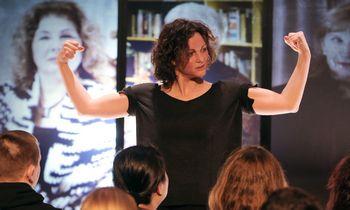 Klaipėdietė gundymams dirbti užsieny nepasidavė – pati įkūrė šokio teatrą