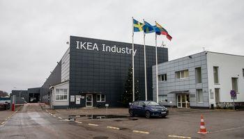 """""""IKEA Industry Lietuva"""" atidaro iki 30.000 kv.m išaugusią baldų gamyklą"""