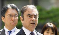 """Carlosas Ghosnas ir """"Nissan"""" mokės 16 mln. USD baudą"""