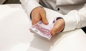 Nusigręžus bankams, verslas randa alternatyvų