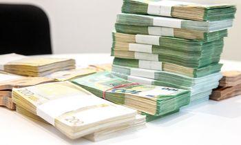 Dėl pensijų reformospuolė pirkti investicinį draudimą, bet specialistai turi perspėjimą