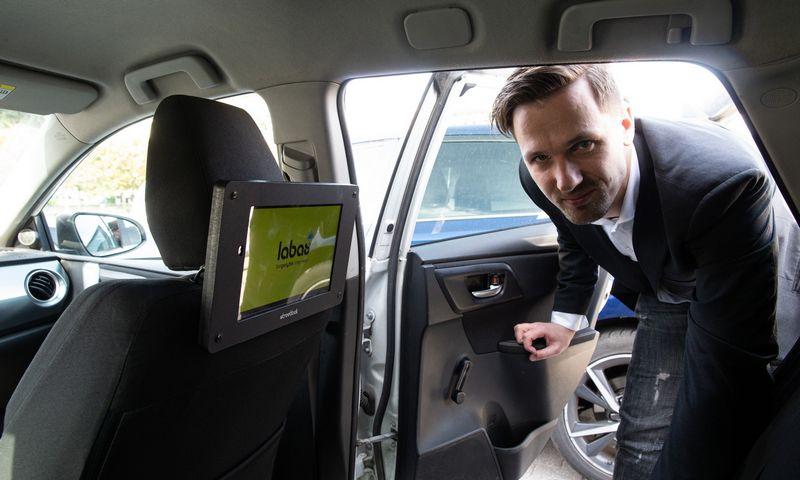 """Edgaras Žemaitis, """"Streetlook"""" įkūrėjas: """"Skaitmeninių sprendimų rinkoje, lauko reklamoje matome nemažai, tačiaureklama taksi automobiliuose turi savo pranašumų."""" Vladimiro Ivanovo (VŽ) nuotr."""