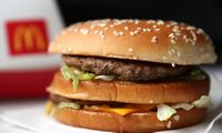 """""""McDonald's""""išbando sumuštinius su mėsos pakaitalu"""