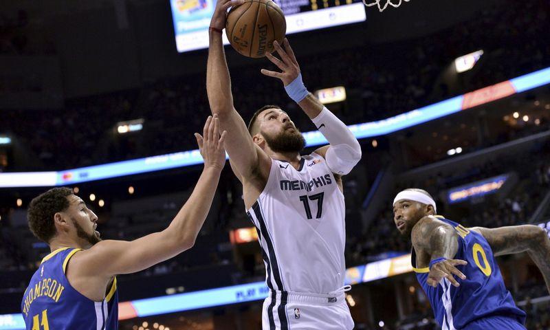 """Krepšininkas Jonas Valančiūnas. Brandon Dill (""""AP Photo"""" / """"Scanpix"""") nuotr."""