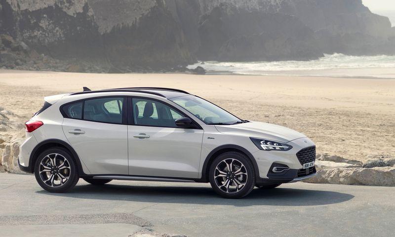 """""""Active"""" nėra brangi """"Focus"""" versija, tačiau už jo kainą galima rasti daug alternatyvių pasiūlymų.""""Ford Motor Co."""" nuotr."""