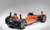 """Pirmasis """"Volvo"""" elektromobilis bus """"vienas saugiausių""""gamintojo modelių"""
