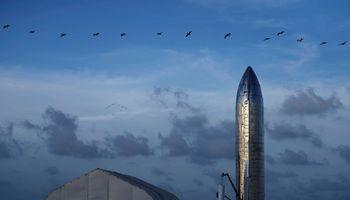 E. Musko vizija: gigantė raketa, apgyvendinsianti Marsą